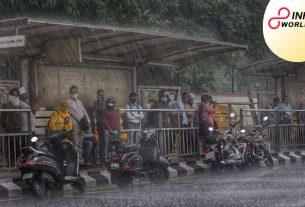 Delhi Weather update_ Heavy downpour lashes Delhi NCR, upsetting traffic in numerous regions