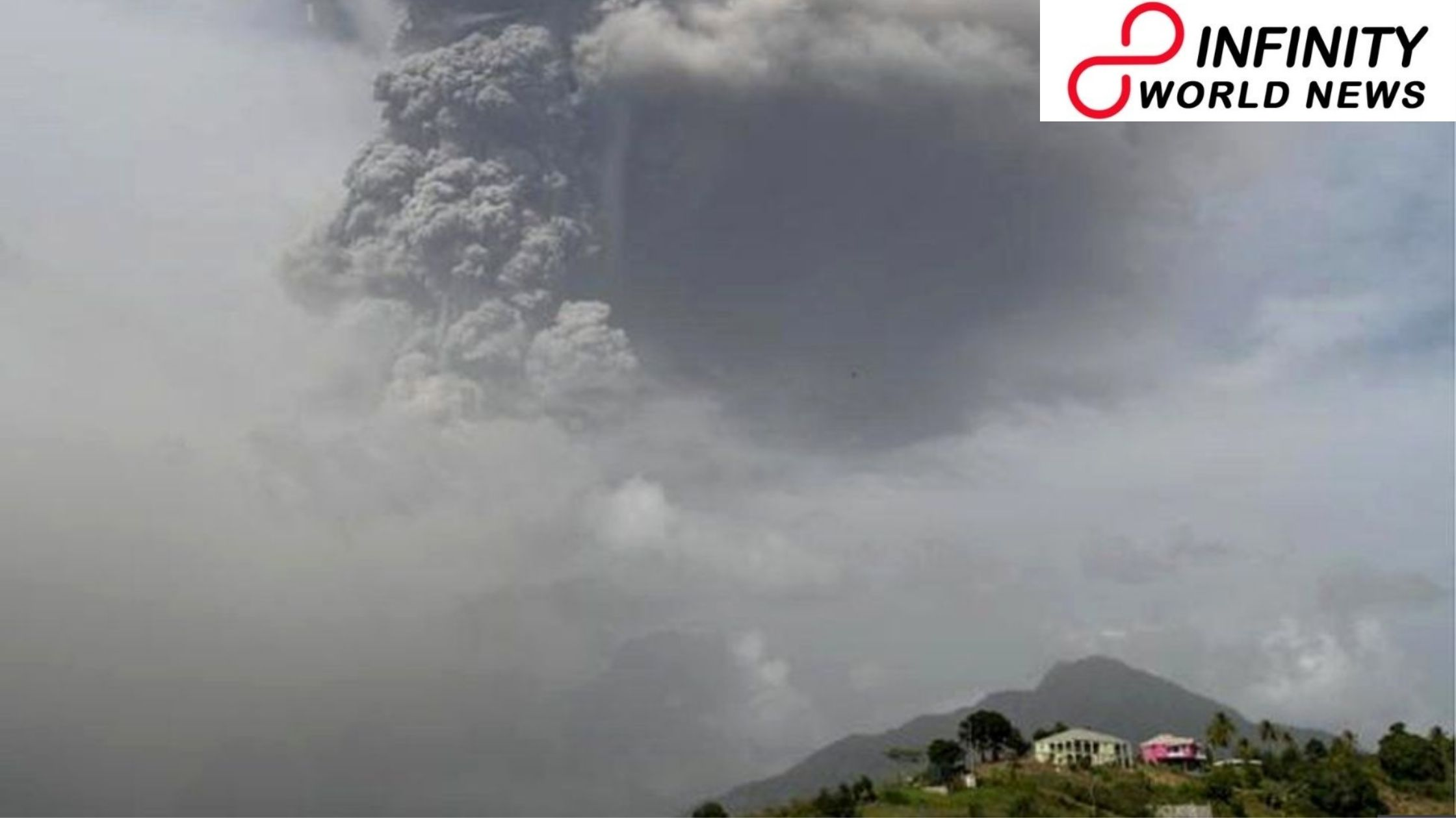 Saint Vincent volcano: 'Hazardous' Soufrière ejection flashes mass clearing